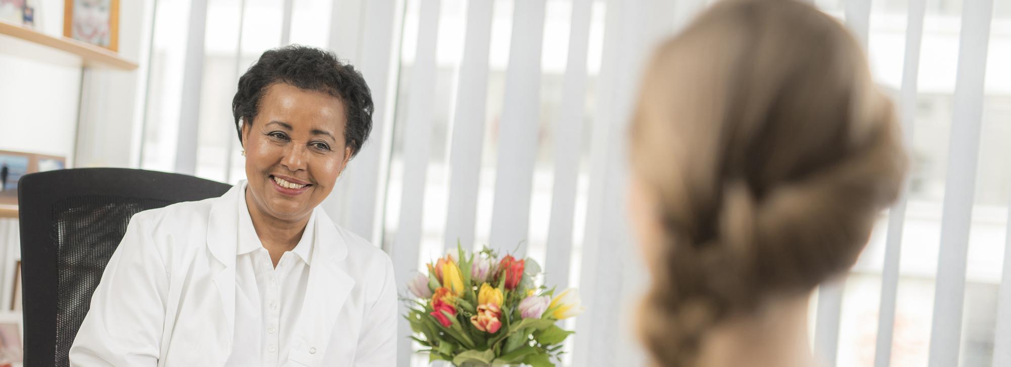 Portrait Ärztin Beratung