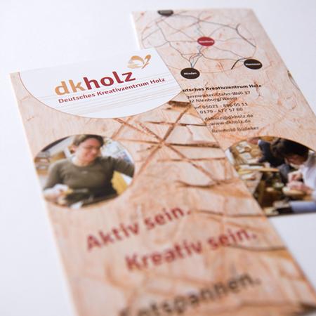 Flyer für das Deutsche Kreativzentrum Holz